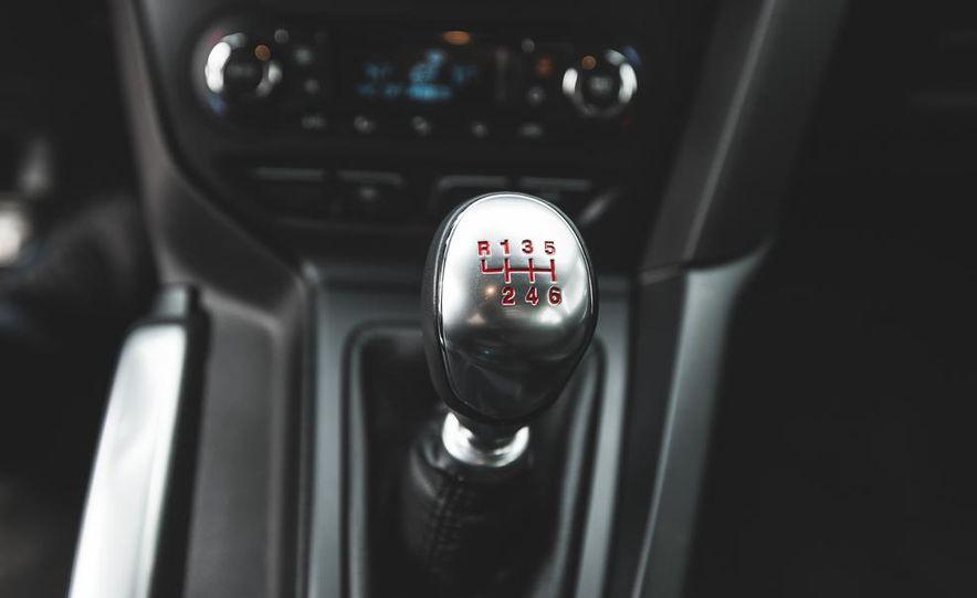 2016 Ford Focus RS hatchback (spy photo) - Slide 48