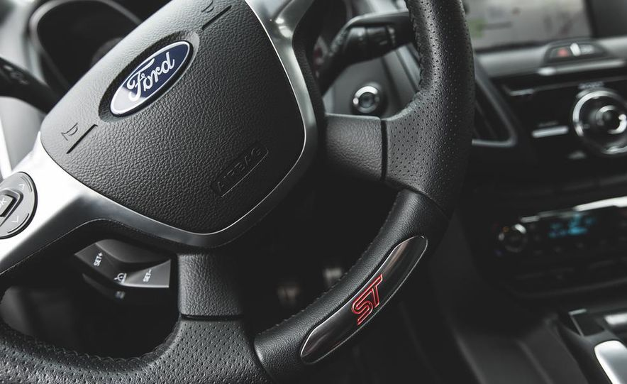 2016 Ford Focus RS hatchback (spy photo) - Slide 39
