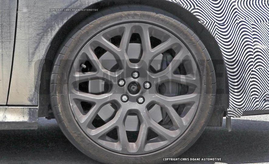 2016 Ford Focus RS hatchback (spy photo) - Slide 13