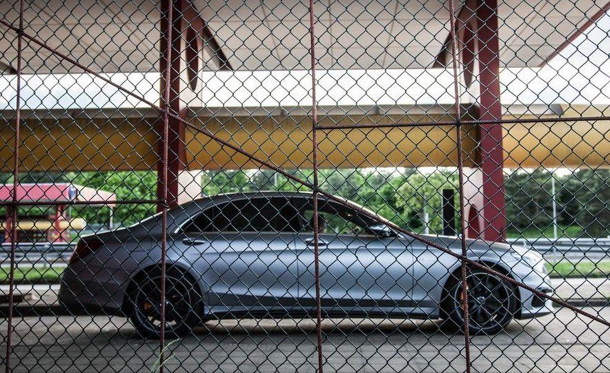 2014 Mercedes-Benz S63 AMG 4MATIC - Slide 21