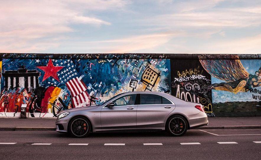 2014 Mercedes-Benz S63 AMG 4MATIC - Slide 22