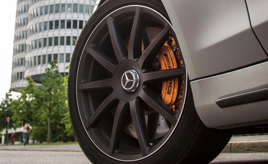 2014 Mercedes-Benz S63 AMG 4MATIC - Slide 30