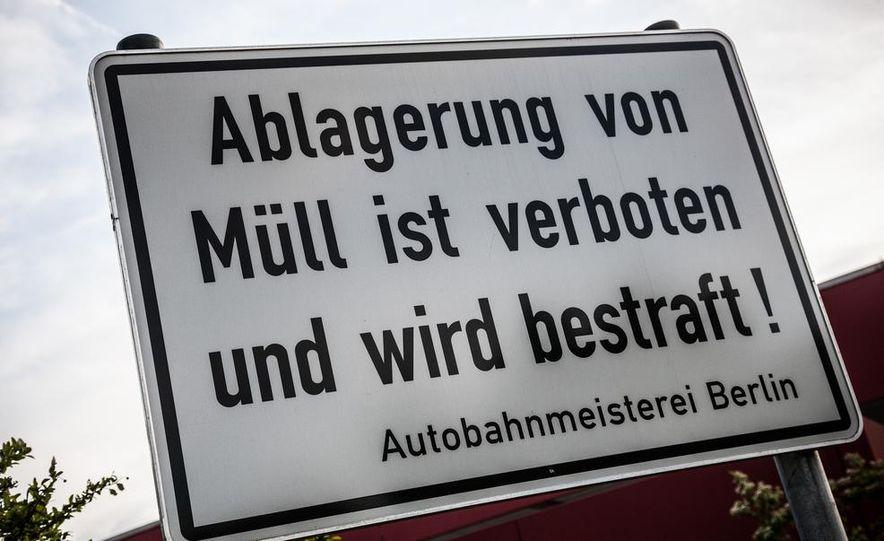 2014 Mercedes-Benz S63 AMG 4MATIC - Slide 71