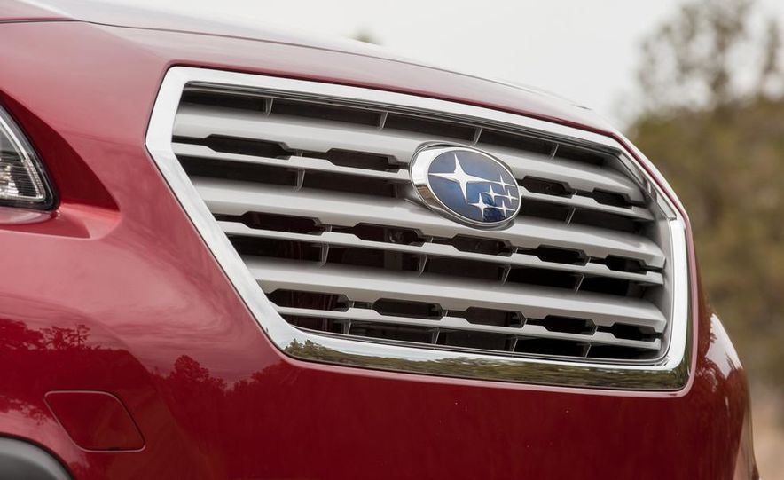 2015 Subaru Outbacks - Slide 72