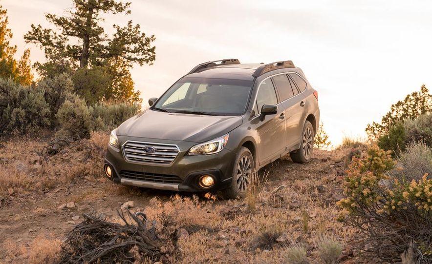 2015 Subaru Outbacks - Slide 19