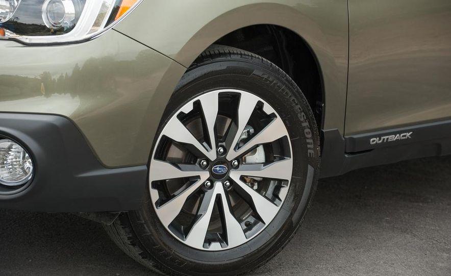 2015 Subaru Outbacks - Slide 27
