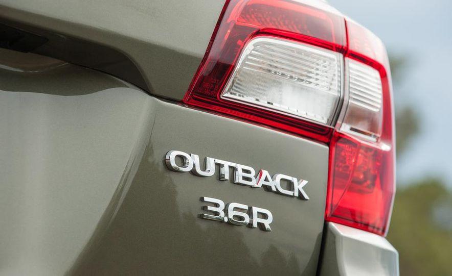 2015 Subaru Outbacks - Slide 32