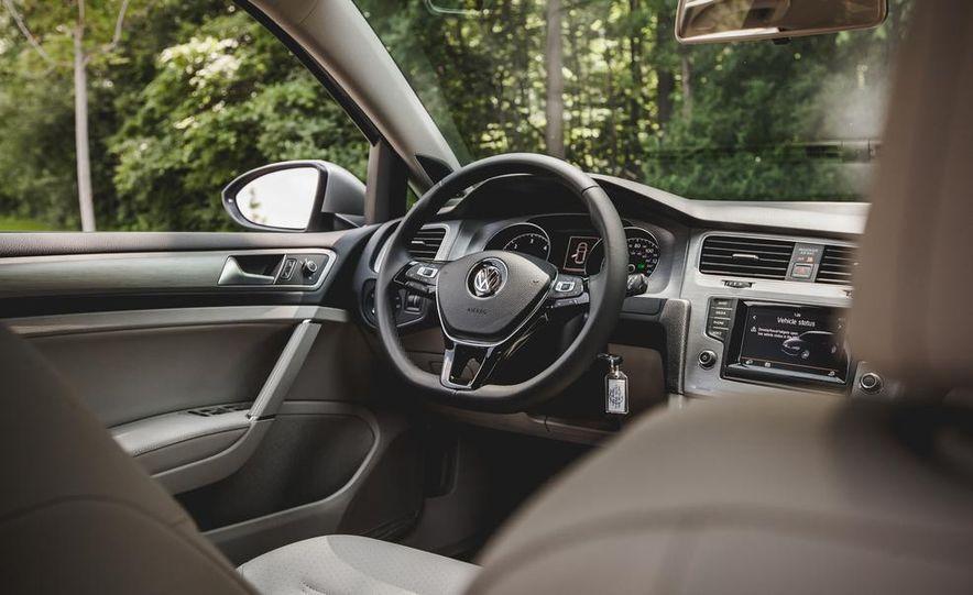 2015 Volkswagen Golf TDI - Slide 43