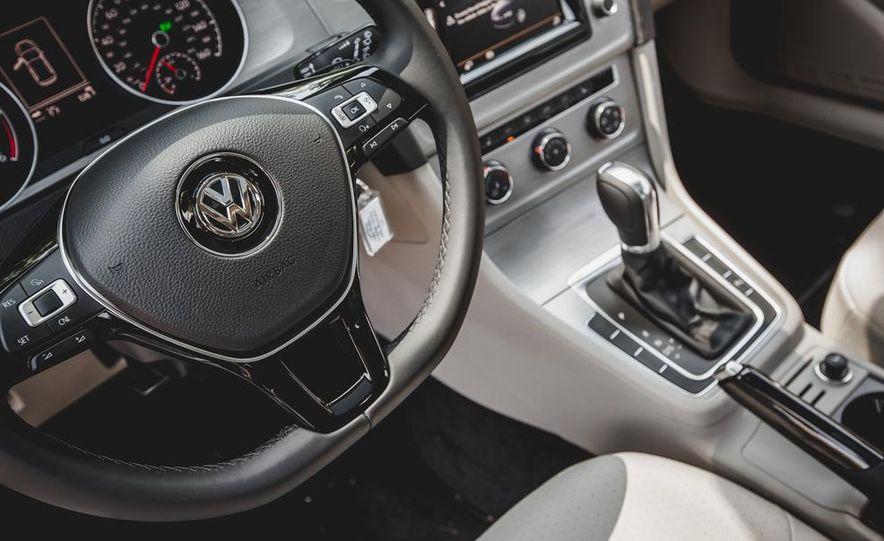 2015 Volkswagen Golf TDI - Slide 48