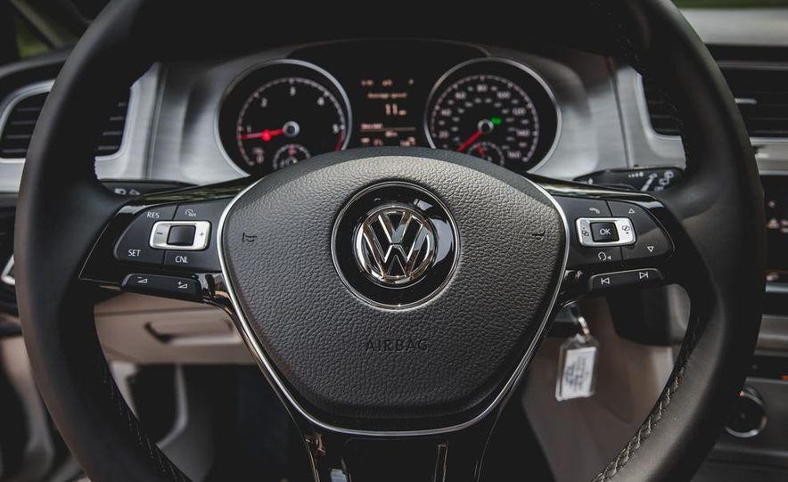 2015 Volkswagen Golf TDI - Slide 49