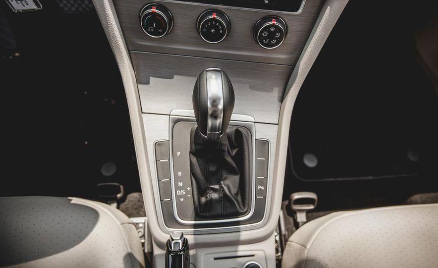 2015 Volkswagen Golf TDI - Slide 57