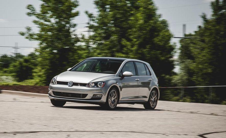 2015 Volkswagen Golf TDI - Slide 2