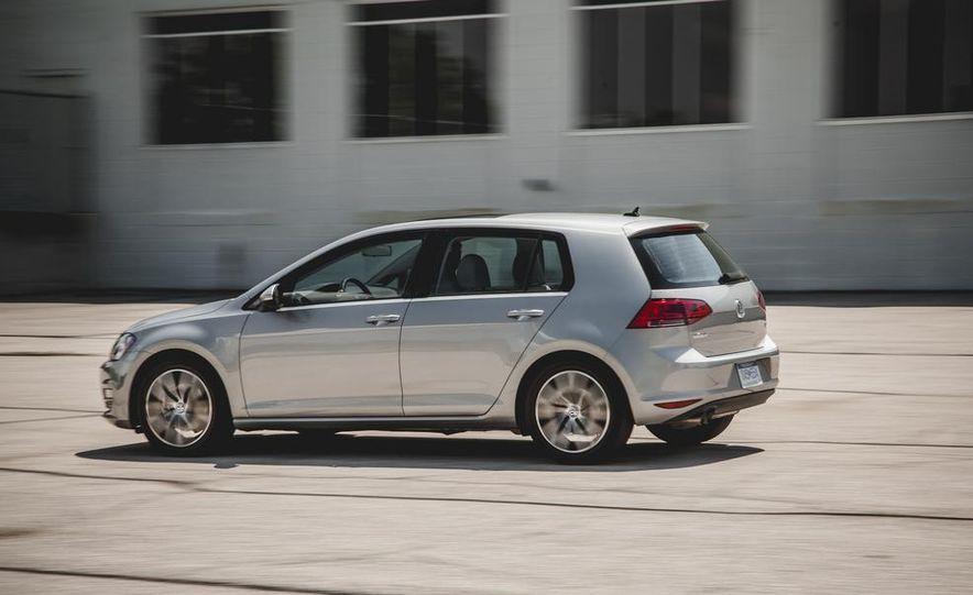 2015 Volkswagen Golf TDI - Slide 6