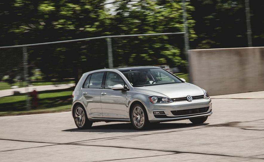 2015 Volkswagen Golf TDI - Slide 9