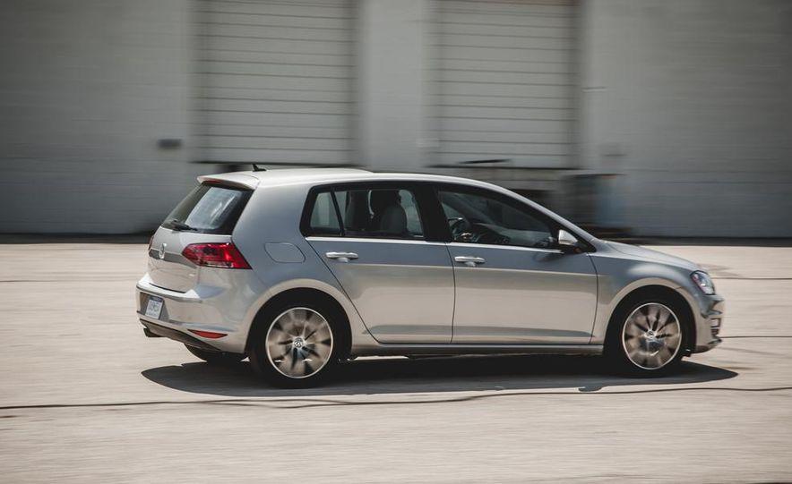 2015 Volkswagen Golf TDI - Slide 12