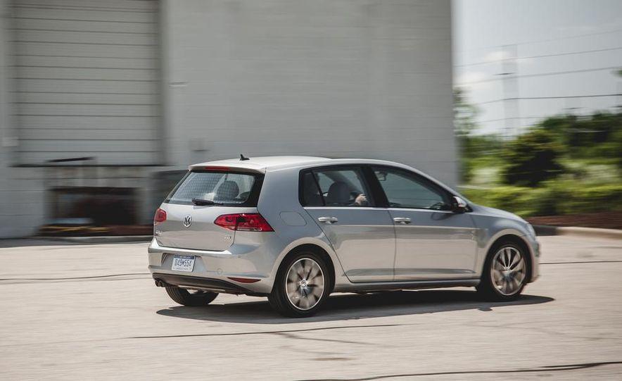 2015 Volkswagen Golf TDI - Slide 13