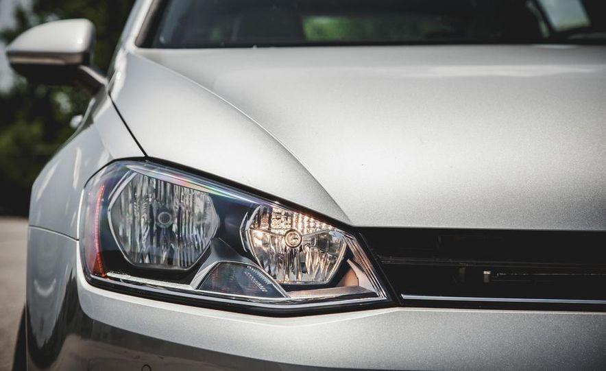 2015 Volkswagen Golf TDI - Slide 25
