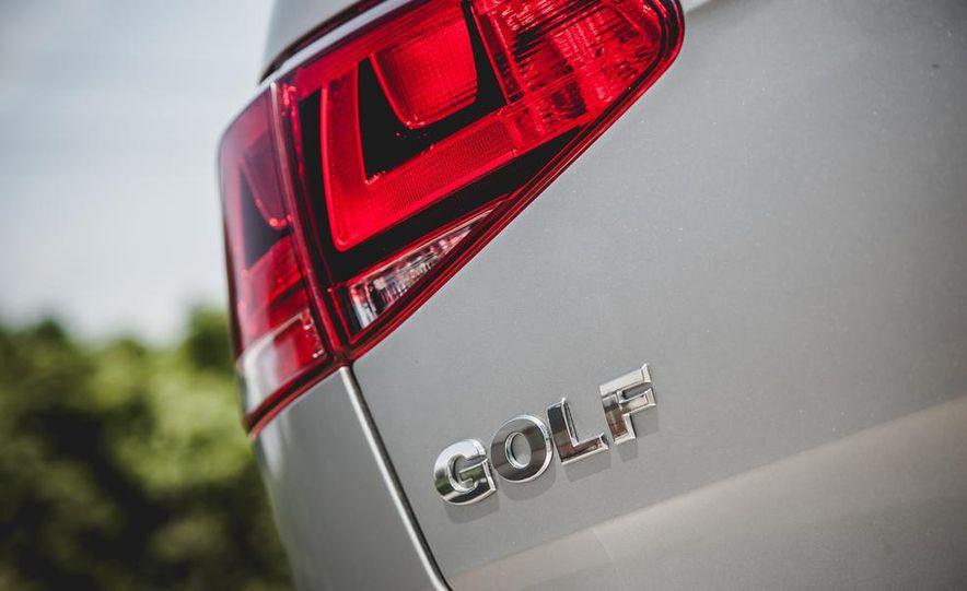 2015 Volkswagen Golf TDI - Slide 30