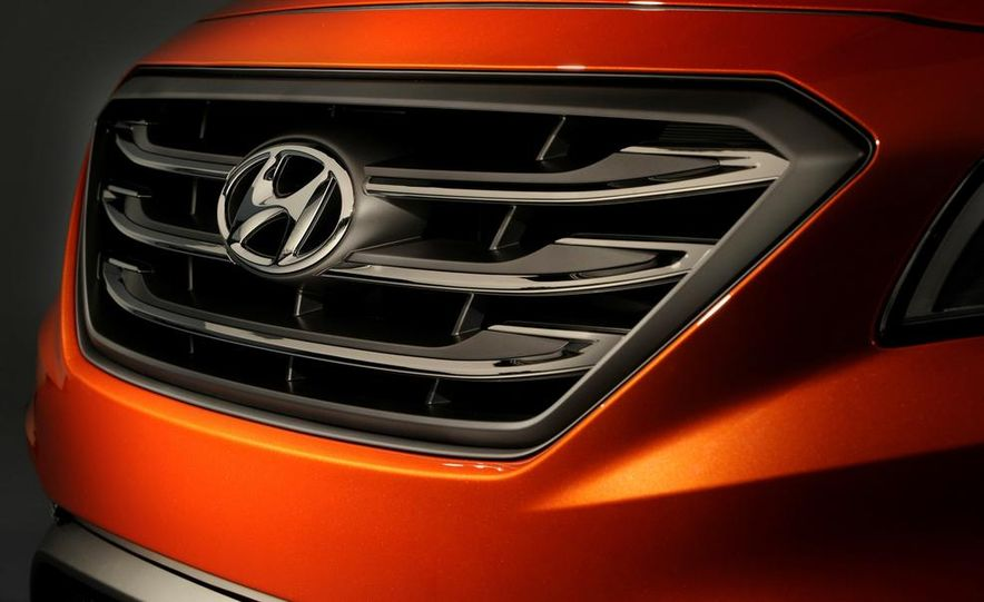 2015 Hyundai Sonata Eco - Slide 13