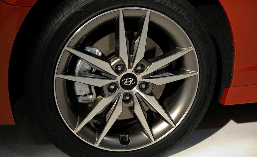 2015 Hyundai Sonata Eco - Slide 14