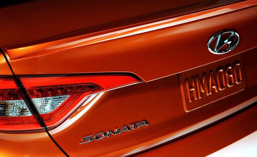 2015 Hyundai Sonata Eco - Slide 16