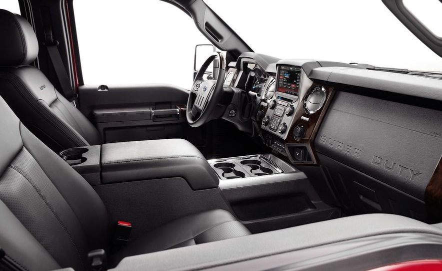 2015 Ford F-series Super Duty King Ranch - Slide 17