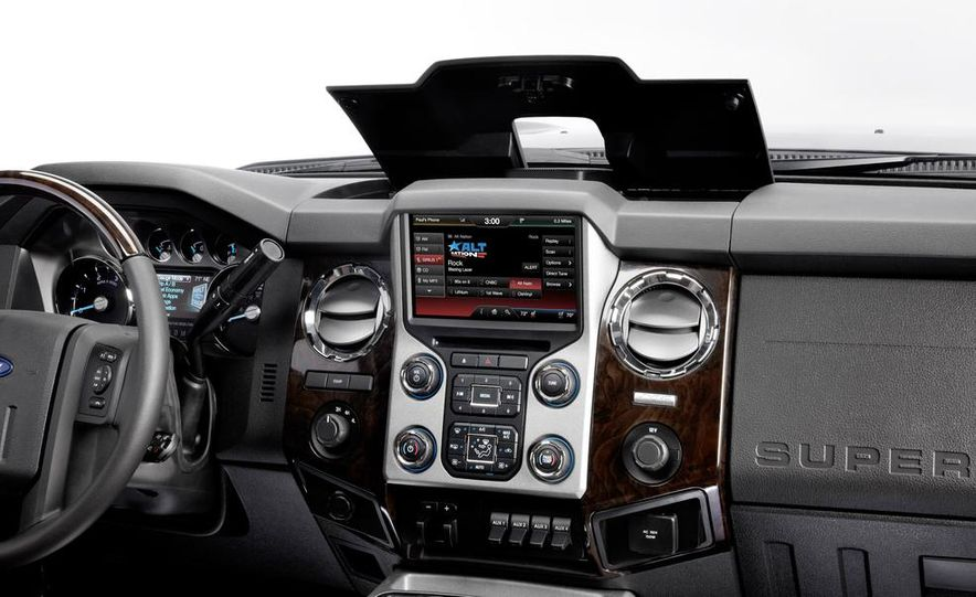 2015 Ford F-series Super Duty King Ranch - Slide 23