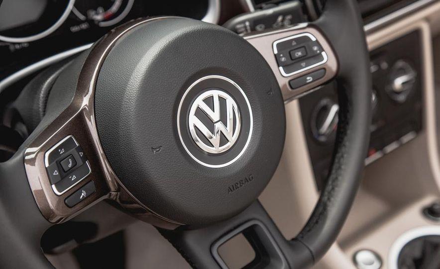 2014 Volkswagen Beetle TDI convertible - Slide 34
