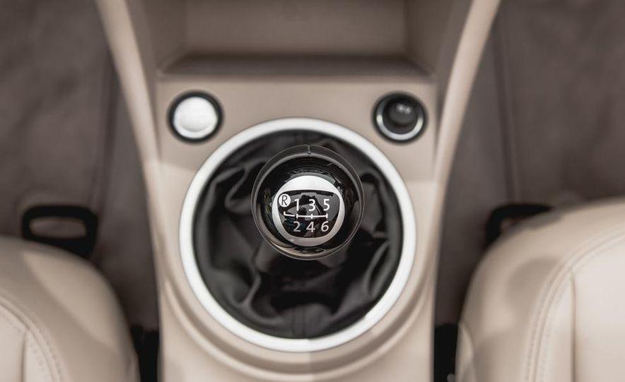 2014 Volkswagen Beetle TDI convertible - Slide 43