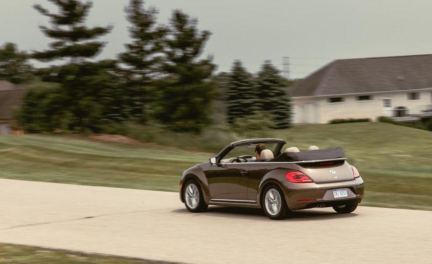 2014 Volkswagen Beetle TDI convertible - Slide 10