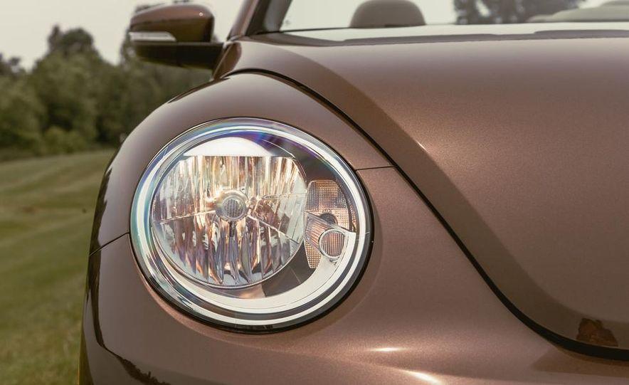 2014 Volkswagen Beetle TDI convertible - Slide 20