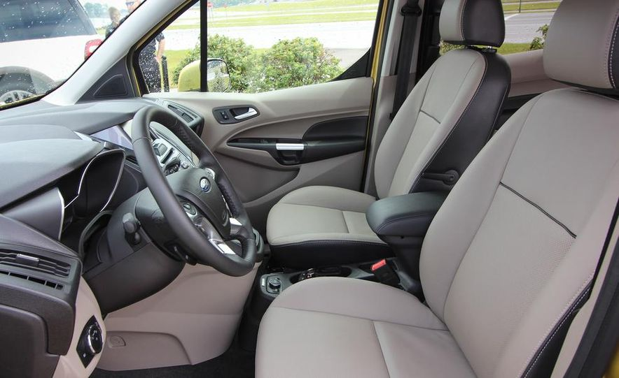 2014 Ford Transit Connect wagon - Slide 5