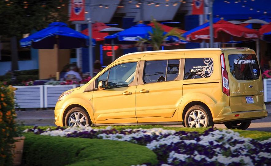2014 Ford Transit Connect wagon - Slide 21
