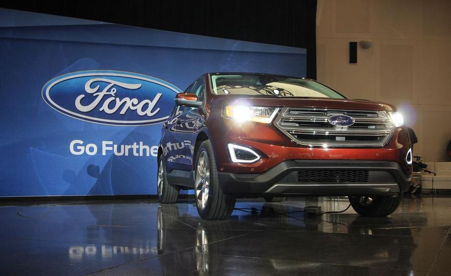 2015 Ford Edge Titanium - Slide 1