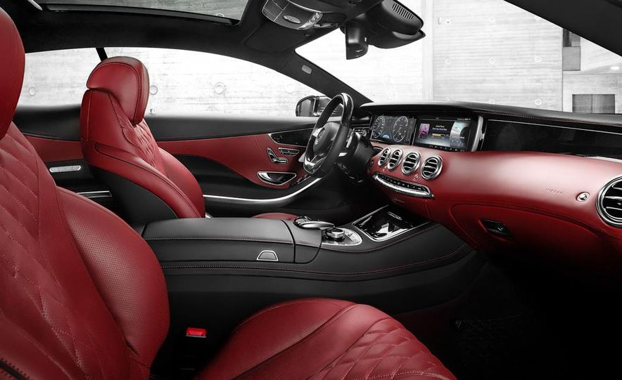 2015 Mercedes-Benz S500 4MATIC coupe - Slide 21