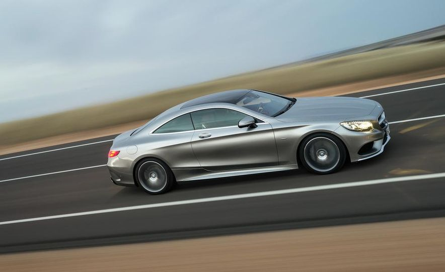 2015 Mercedes-Benz S500 4MATIC coupe - Slide 1