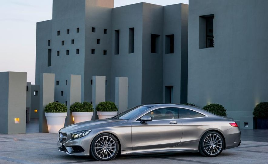 2015 Mercedes-Benz S500 4MATIC coupe - Slide 6