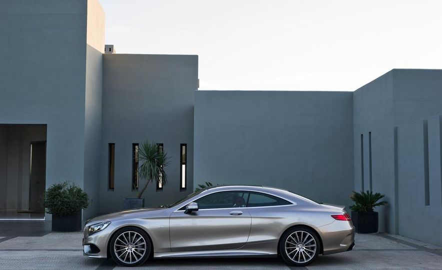 2015 Mercedes-Benz S500 4MATIC coupe - Slide 7