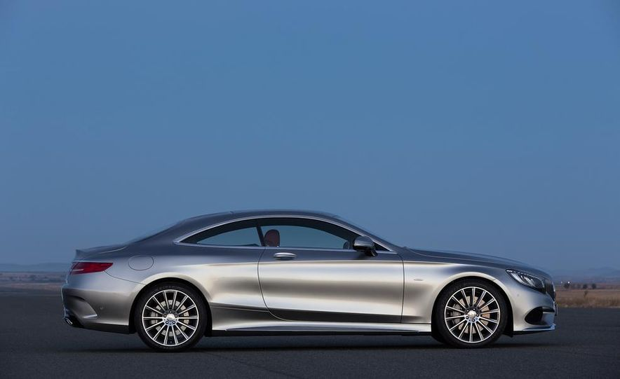 2015 Mercedes-Benz S500 4MATIC coupe - Slide 10