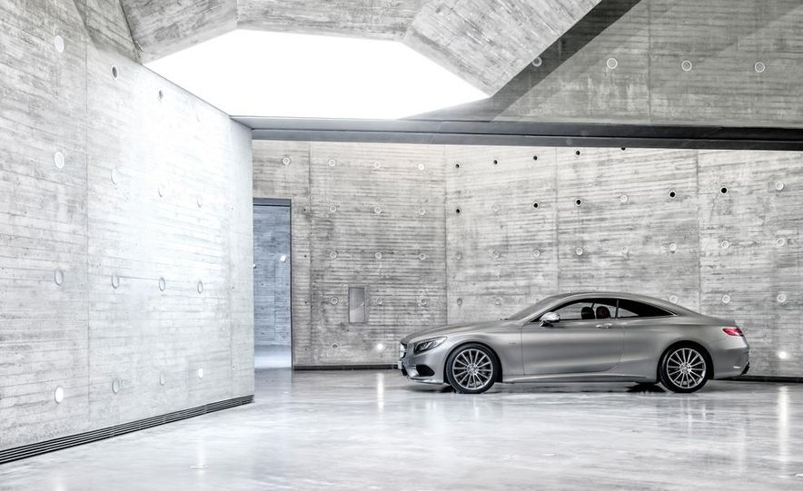 2015 Mercedes-Benz S500 4MATIC coupe - Slide 13