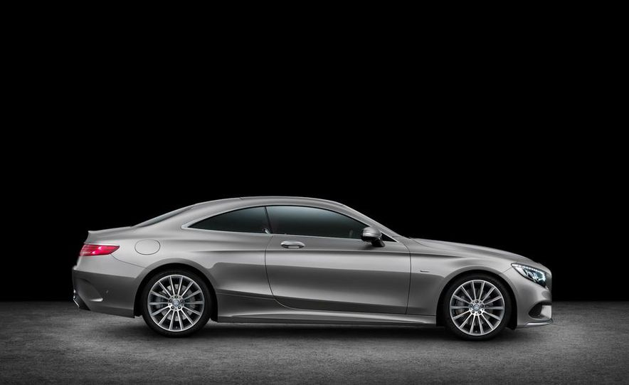 2015 Mercedes-Benz S500 4MATIC coupe - Slide 17