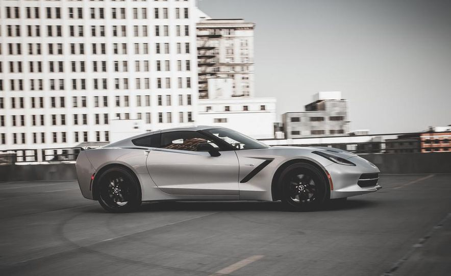 2014 Chevrolet Corvette Stingray coupe Z51 - Slide 44