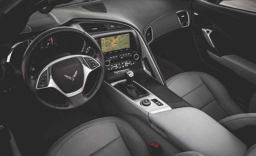 2014 Chevrolet Corvette Stingray coupe Z51 - Slide 60
