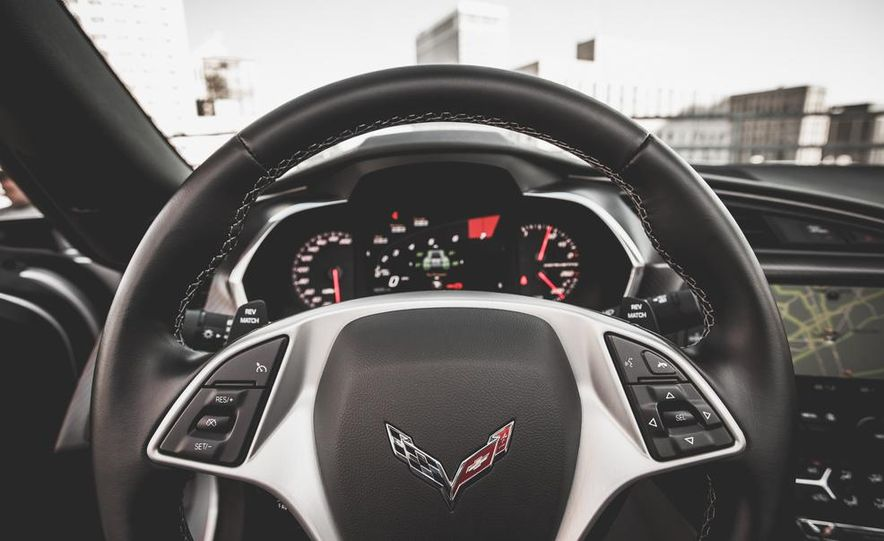 2014 Chevrolet Corvette Stingray coupe Z51 - Slide 67