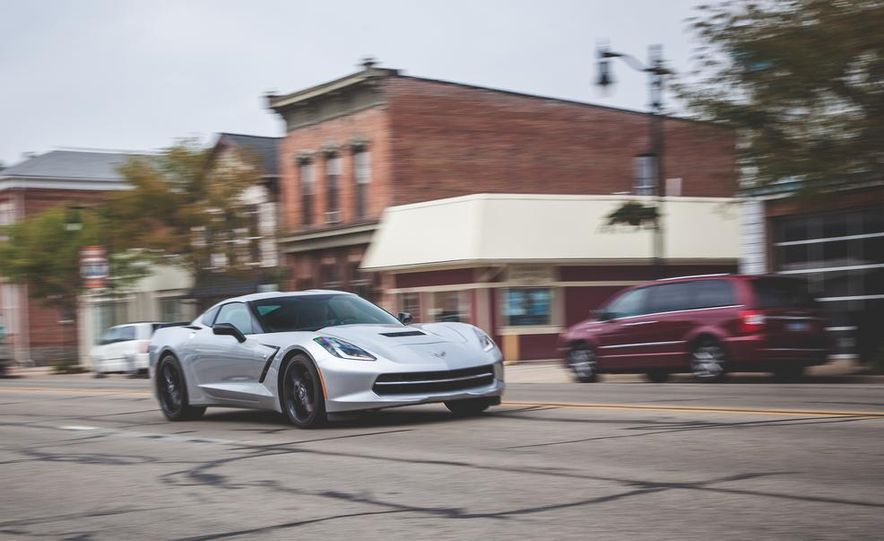 2014 Chevrolet Corvette Stingray coupe Z51 - Slide 30