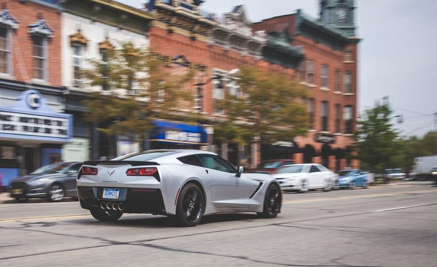 2014 Chevrolet Corvette Stingray coupe Z51 - Slide 34