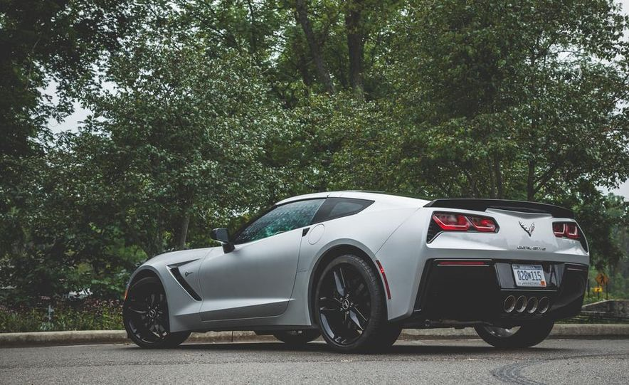 2014 Chevrolet Corvette Stingray coupe Z51 - Slide 36