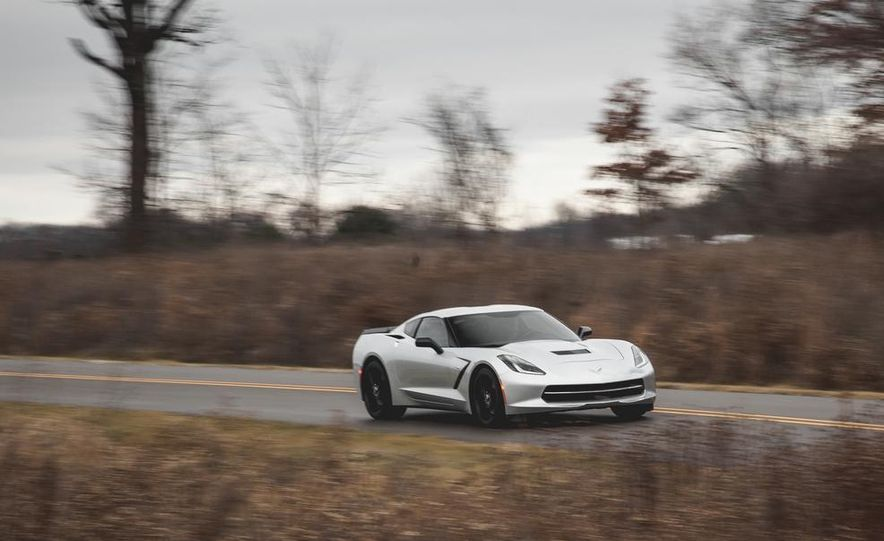 2014 Chevrolet Corvette Stingray coupe Z51 - Slide 15