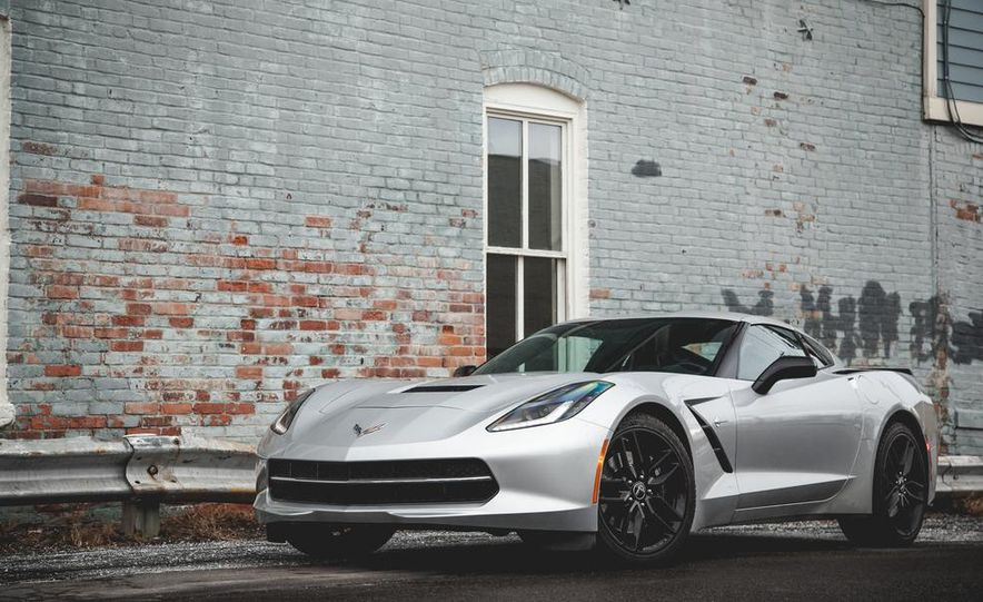 2014 Chevrolet Corvette Stingray coupe Z51 - Slide 22
