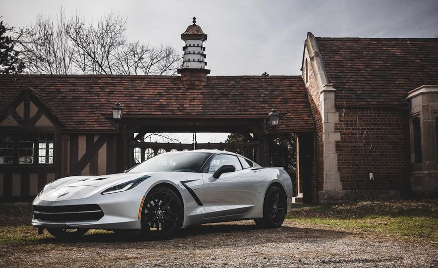 2014 Chevrolet Corvette Stingray coupe Z51 - Slide 9